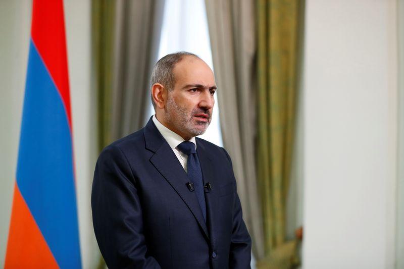 Премьер Армении отправил в отставку начальника Генштаба