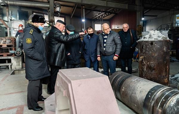КМЗ посетила делегация командования ВМФ России