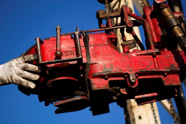 Нефть дорожает на фоне ожиданий роста спроса на нефть