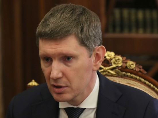 Министр Решетников списал низкий курс рубля на психологию
