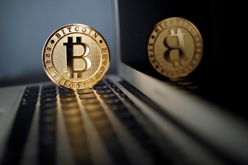 Владельцы криптовалют должны будут информировать ФНС