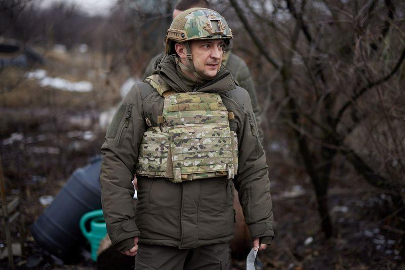 Президент Украины отправился в Донбасс из-за обострения ситуации
