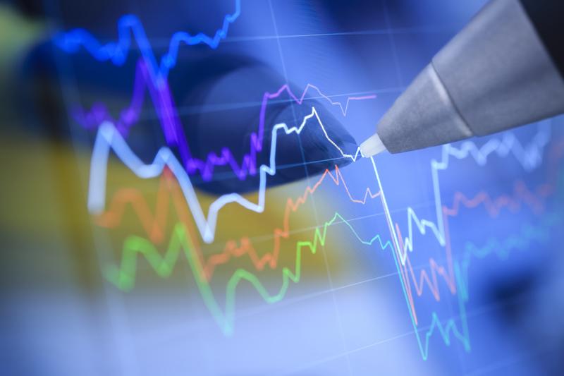 Профицит текущего счета платежного баланса РФ в 1-м квартале снизился на 27%, отток капитала - на 35%
