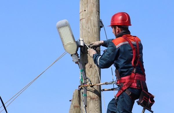 «Удмуртэнерго» развивает системы уличного освещения в Удмуртии