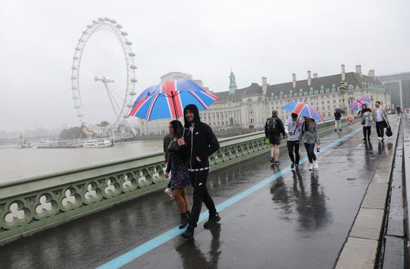 Лондон обеспокоен наращиванием военного присутствия РФ на границе с Украиной