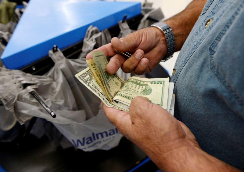 ГРАФИК-ФРС может угадать с инфляцией - либо сильно промахнуться