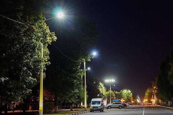 Переход на LED-освещение улиц и дорог равен отказу от тысяч автомобилей