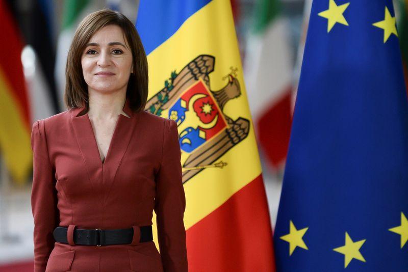 Президент Молдавии назначила досрочные парламентские выборы на 11 июля