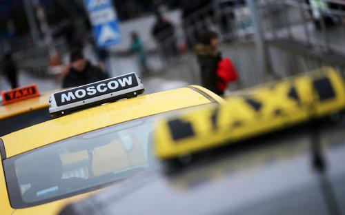 Власти сообщили о предложении ограничить работу зарубежных сервисов такси