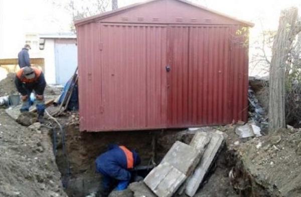 В Екатеринбурге усиливают борьбу с незаконными постройками на теплосетях