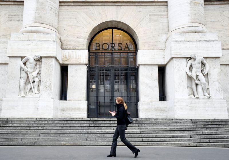 Европейские акции сдержанны из-за опасений об инфляции, сектор путешествий в минусе