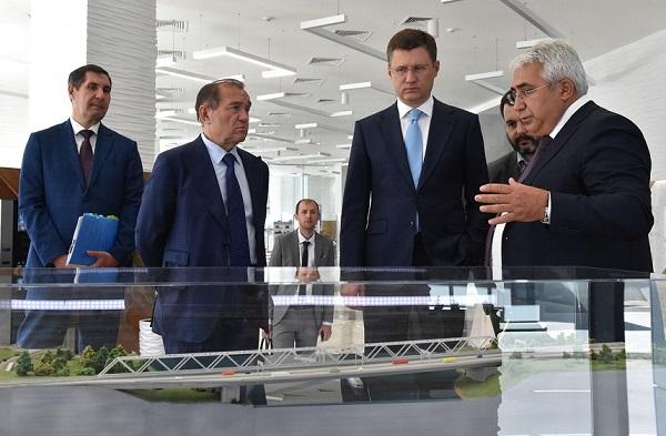Александр Новак ознакомился с перспективами развития системы газоснабжения Москвы