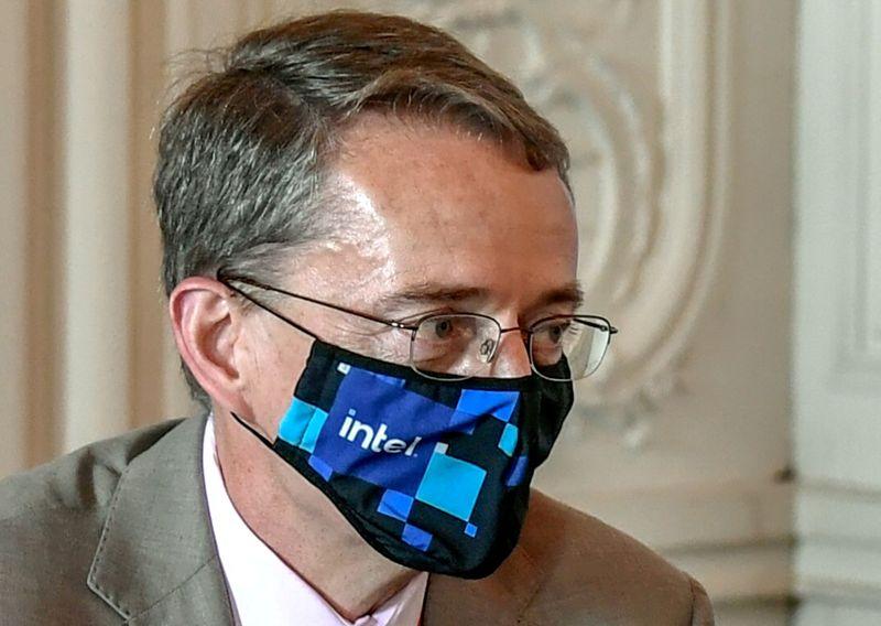 Intel инвестирует до 80 млрд евро в новые мощности для выпуска микрочипов в ЕС -- CEO