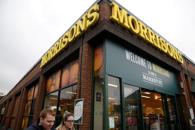 Исход битвы за покупку британской Morrisons за $10 млрд решится на аукционе