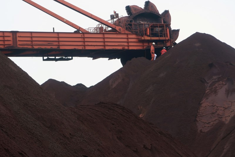 Цены на коксующийся уголь и кокс в Даляне поднялись до рекордных пиков