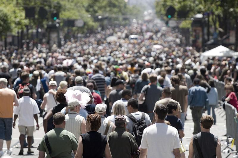 Заявки на пособие по безработице в США упали за неделю до минимума с начала пандемии