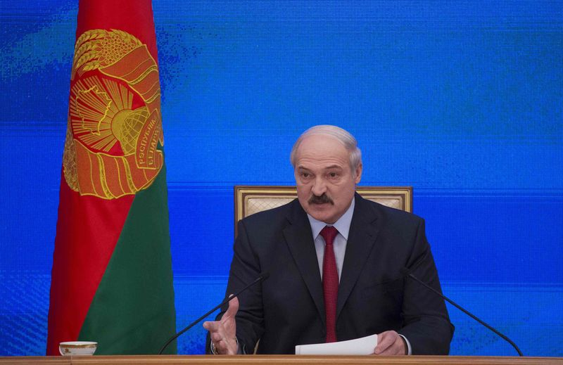 Лукашенко: Белоруссии не нужны новые кредиты РФ