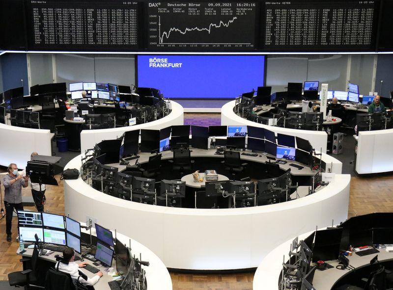 Европейские акции идут вверх вслед за ростом в Азии