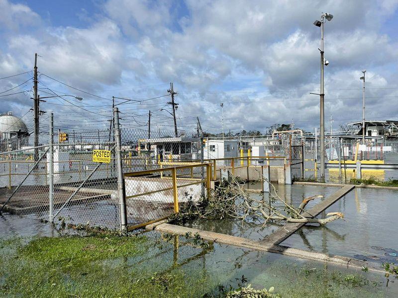 Энергетические компании США ждут удара нового урагана в Мексиканском заливе