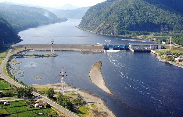 На Майнской ГЭС заменен первый силовой трансформатор