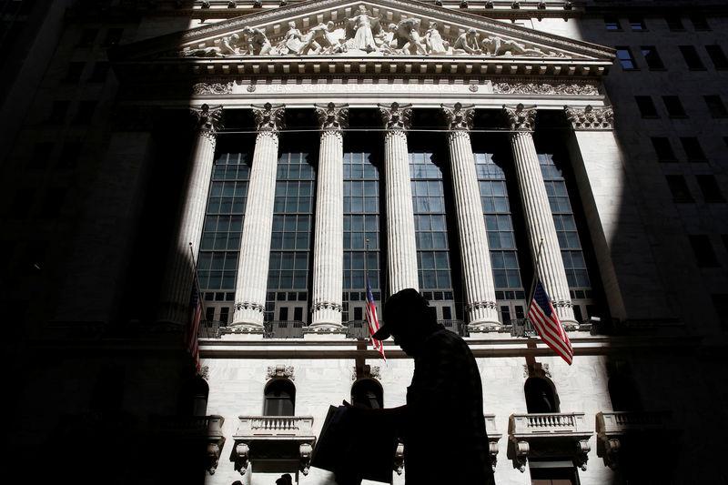 Рынок акций США закрылся падением, Dow Jones снизился на 0,48%