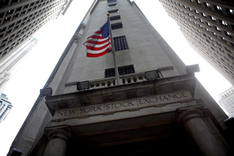 Рынок акций США закрылся падением, Dow Jones снизился на 1,78%