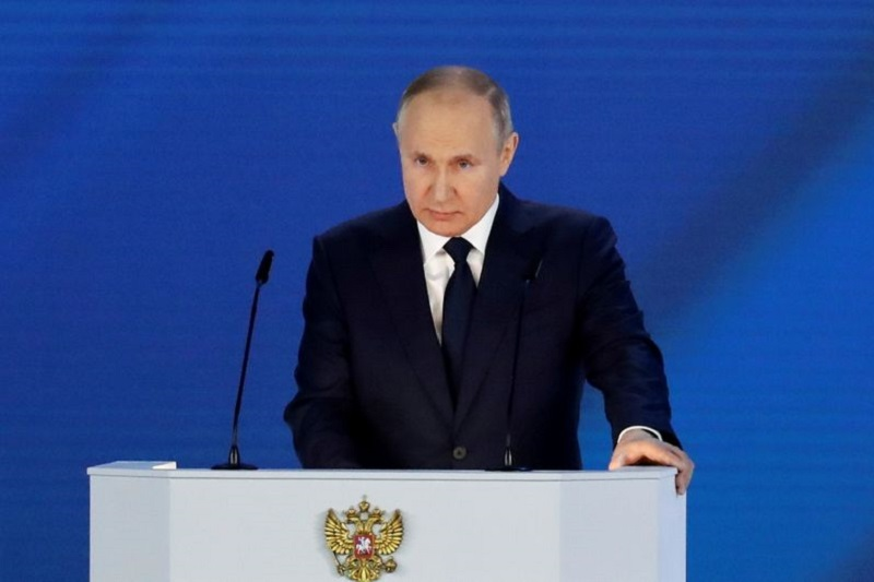 Бизнес должен иметь мотивацию для инвестиций - Путин