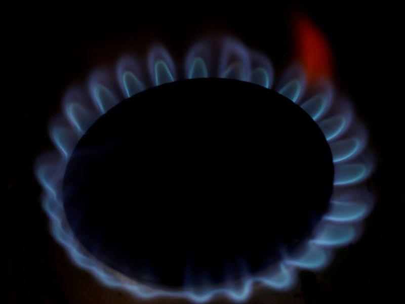 ГРАФИК-Рост цен на газ - еще одна проблема для мировой экономики