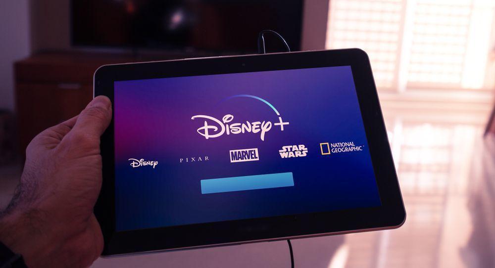 Disney + на минус = снижение акций