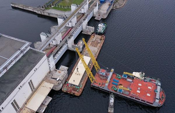 «ТГК-1» приступила ко второму этапу монтажа технологического проезда Верхне-Свирской ГЭС