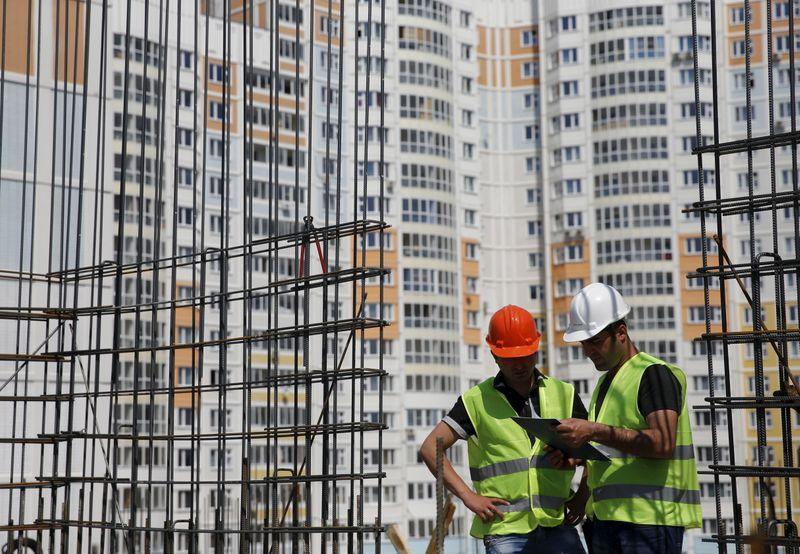 Девелопер ПИК предложит 4,1% акций в рамках SPO в Москве