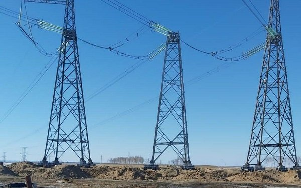 «Россети ФСК ЕЭС» в Кузбассе провела ремонт линий 500 Кв под напряжением
