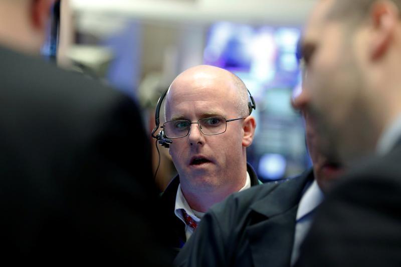 Рынок акций РФ начал 4-й квартал в существенном минусе
