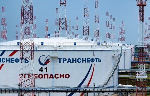 «Транснефть» модернизирует мощности для перекачки светлых нефтепродуктов к балтийскому порту Приморск