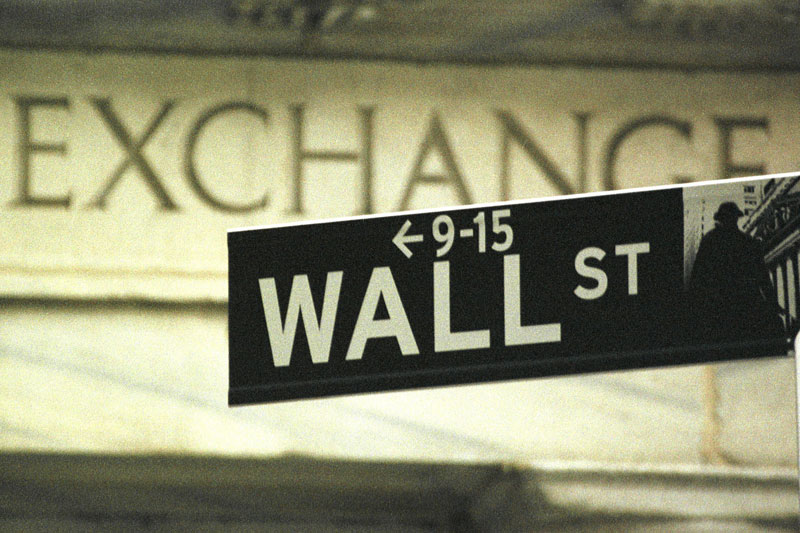 Уолл-стрит восстанавливается после распродажи