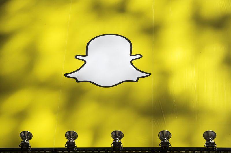 Бенефициаром сбоя Facebook стал Snapchat