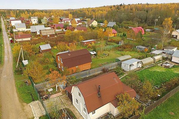 Правительство РФ упростило подключение садовых участков к электросетям