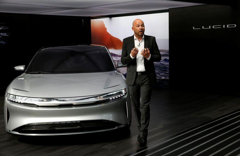 Конкурент Tesla выйдет на биржу за счет сделки на $24 млрд