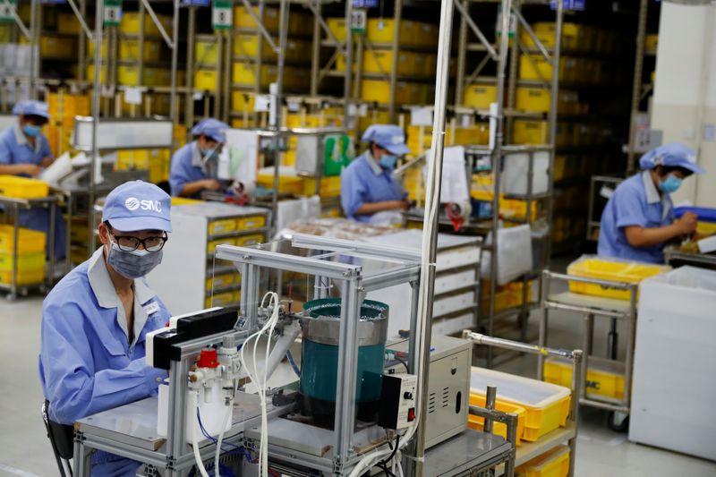 Восстановление сектора услуг Китая ускорилось в марте