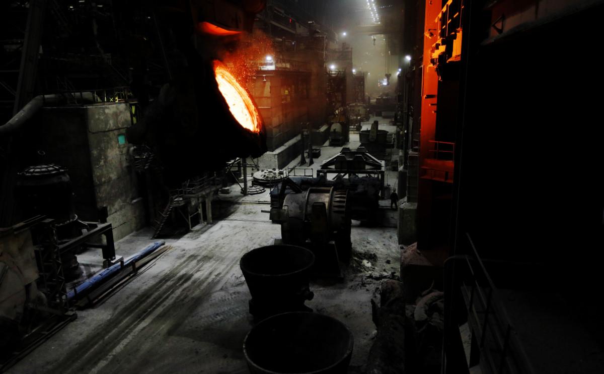 Власти предложили перечислять в бюджет сверхдоходы от роста цен на металл