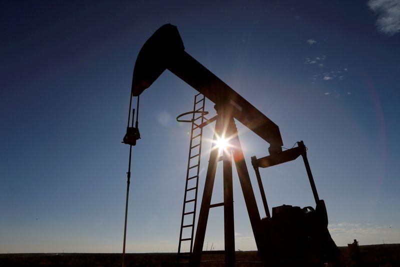 МЭА улучшило прогноз спроса на нефть на фоне ускорения вакцинирования