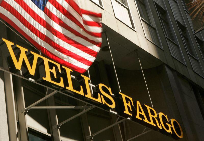 Wells Fargo увеличил прибыль в 1 кв сильнее прогнозов