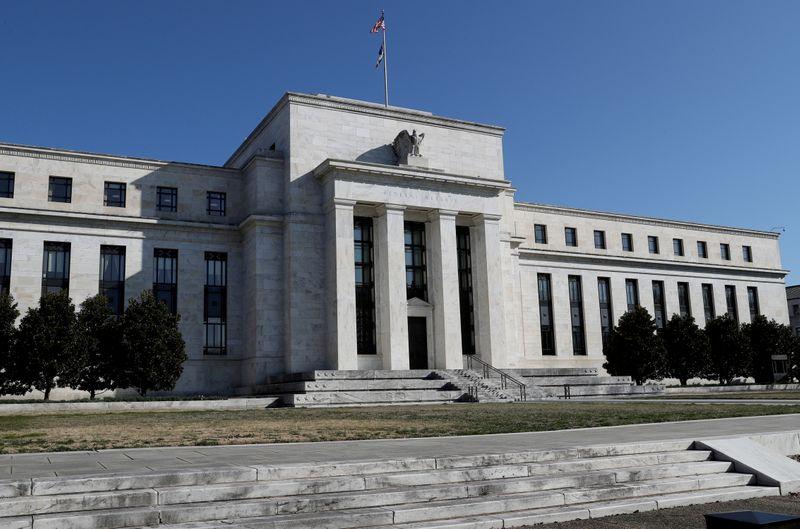 Экономика США набирает обороты благодаря оптимизму потребителей -- Бежевая книга ФРС