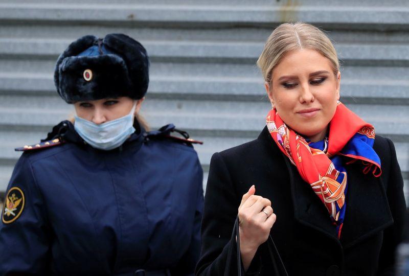Суд приговорил соратницу Навального к году исправительных работ