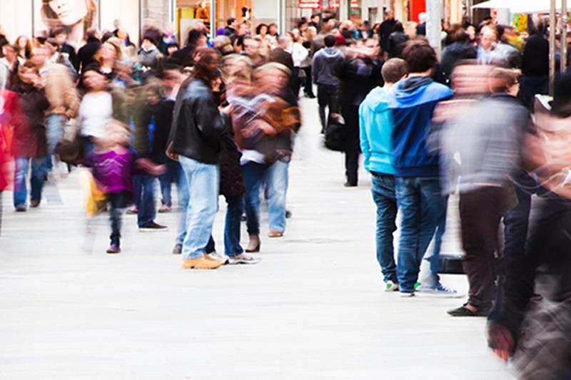 Число заявок на пособие по безработице в США упало за неделю на 196 тыс.