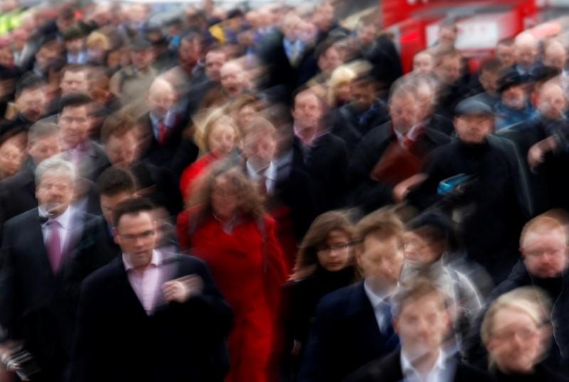 Рост розничных продаж в США в марте превысил прогнозы