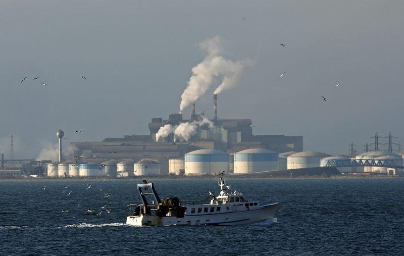Фьючерсы на нефть WTI подорожали в ходе азиатской сессии