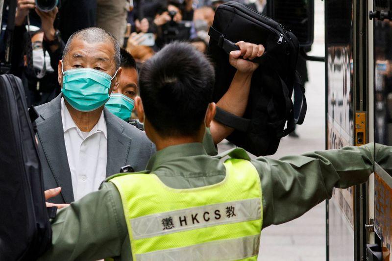 Миллиардер Джимми Лай приговорен к году тюрьмы за протесты в Гонконге