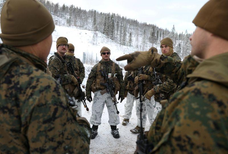 Норвегия разрешит американским военным строить объекты на своей территории