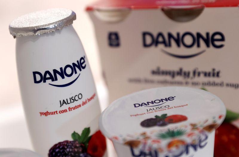 Danone подтвердила годовой прогноз после снижения продаж в 1 кв